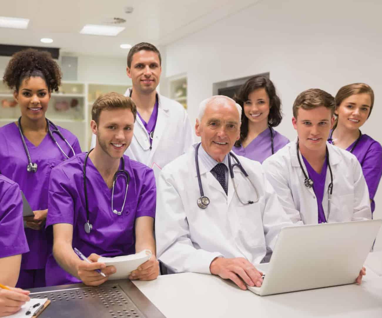 Veterinary-Medicine-Students -with-Teacher-1